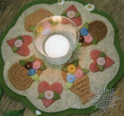Bareroots Little Stitchies Basket Candle Mat Kit